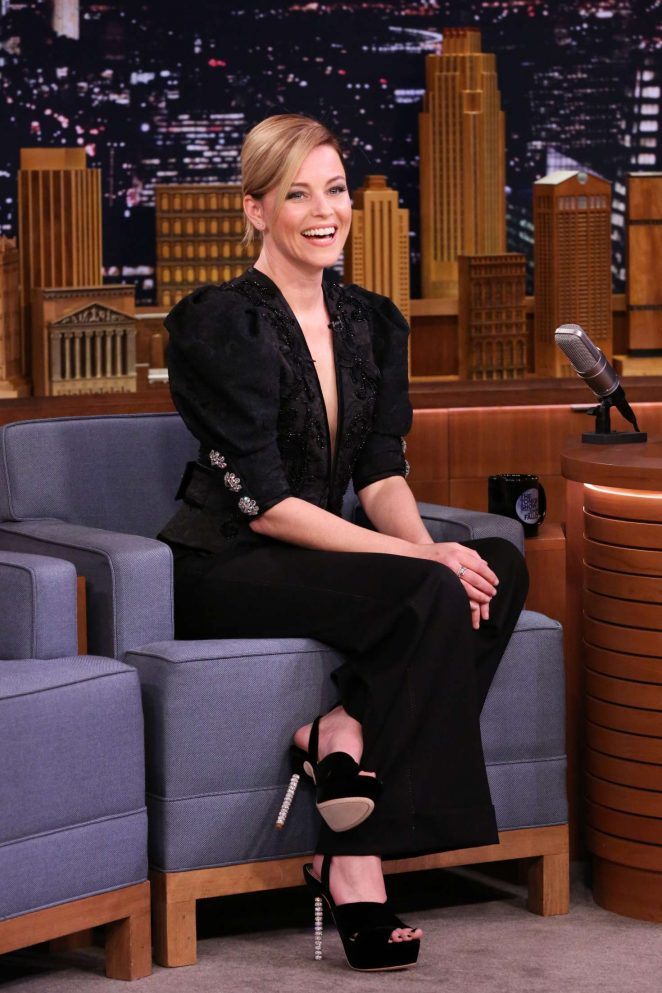 Elizabeth Banks on 'The Tonight Show Starring Jimmy Fallon' in NY