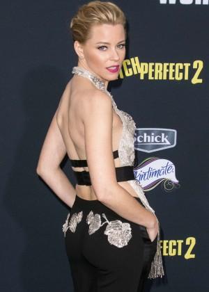 Elizabeth Banks - 'Pitch Perfect 2' Premiere in LA