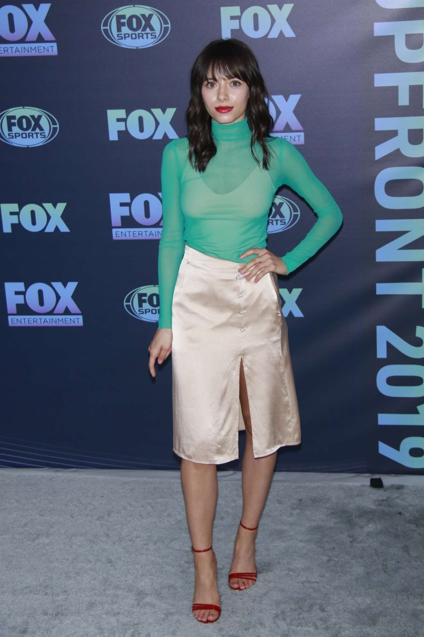 Elizabeth Cappuccino 2019 : Elizabeth Cappuccino: Fox Upfront Presentation-04