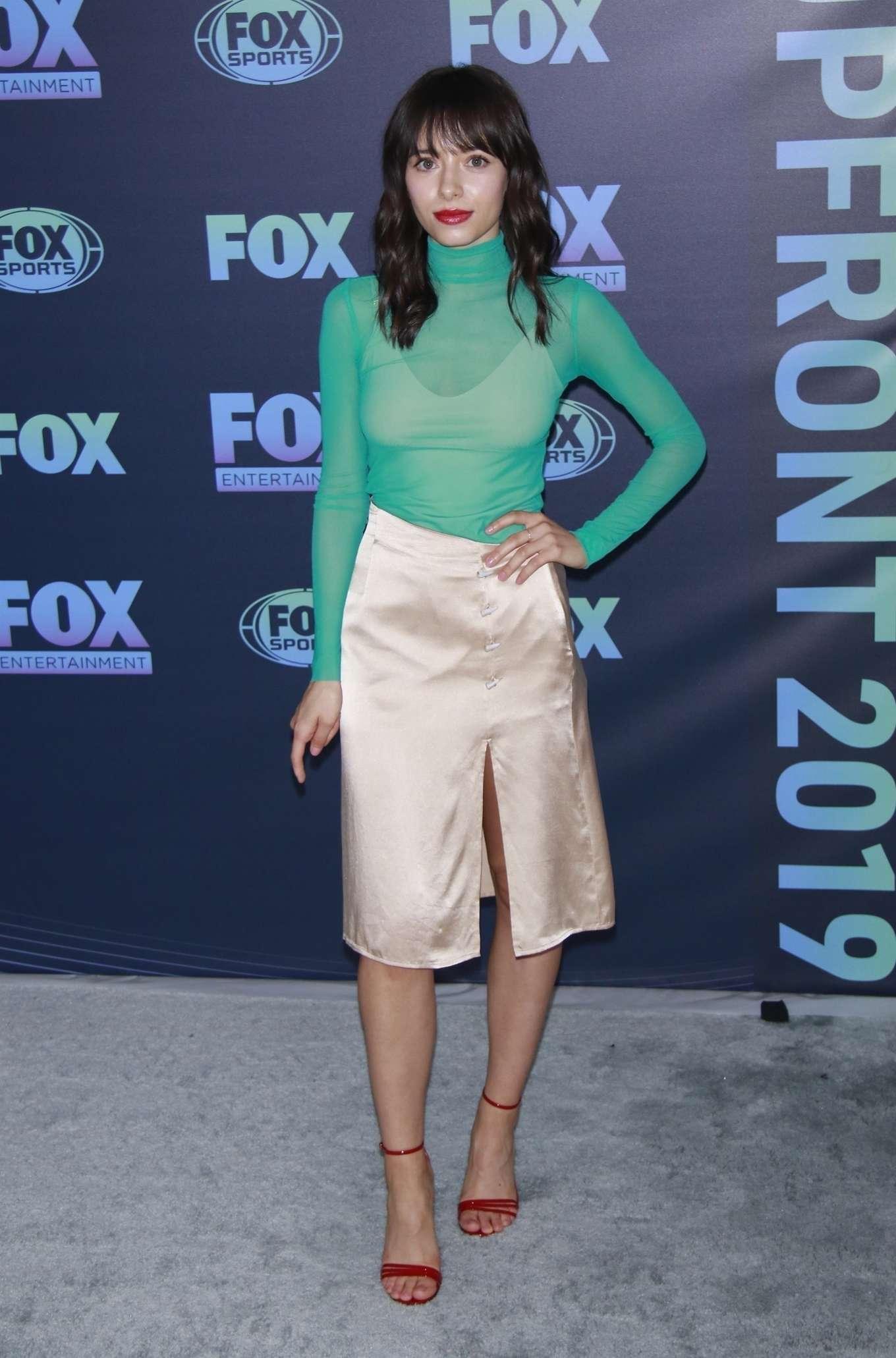 Elizabeth Cappuccino 2019 : Elizabeth Cappuccino: Fox Upfront Presentation-14
