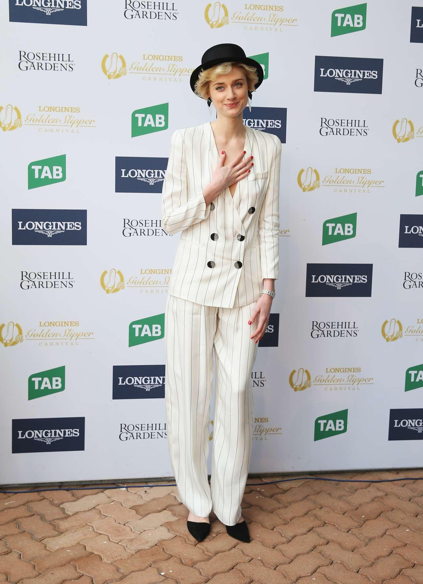 Elizabeth Debicki at 2017 Golden Slipper Day