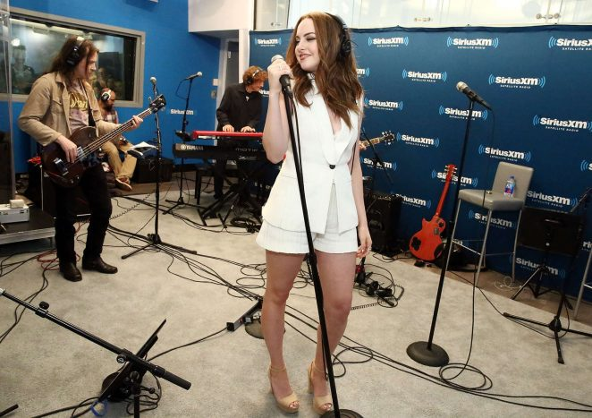 Elizabeth Gillies - SiriusXM's 'Town Hall' in New York City