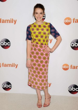 Elizabeth Henstridge - Disney ABC 2015 Summer TCA Press Tour Photo Call in Beverly Hills