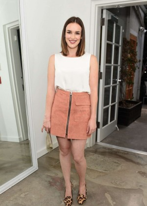 Elizabeth Henstridge - The A List 15th Anniversary Party in Beverly Hills