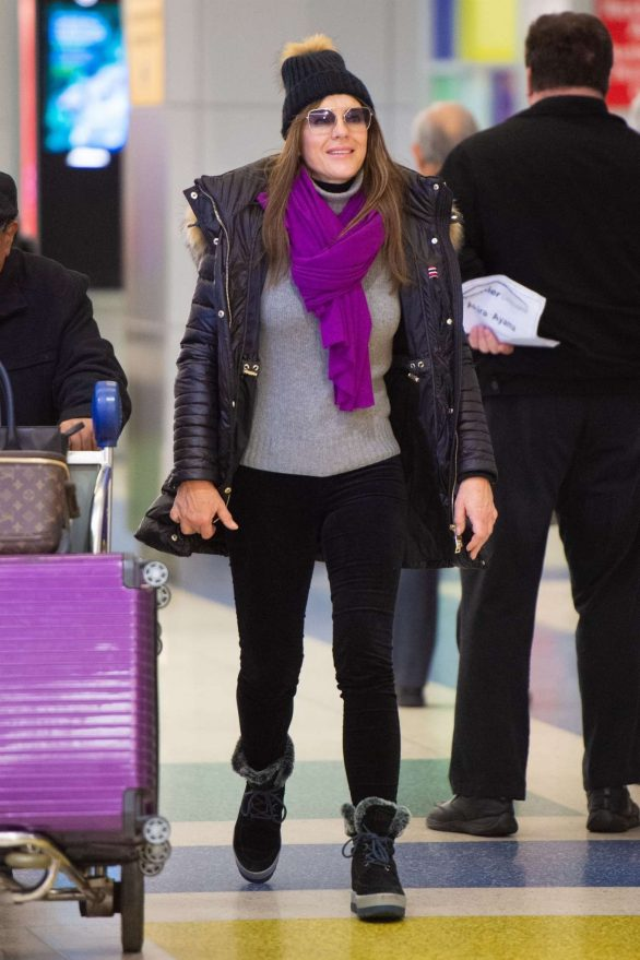 Elizabeth Hurley - Arrives at JFK airport in New York