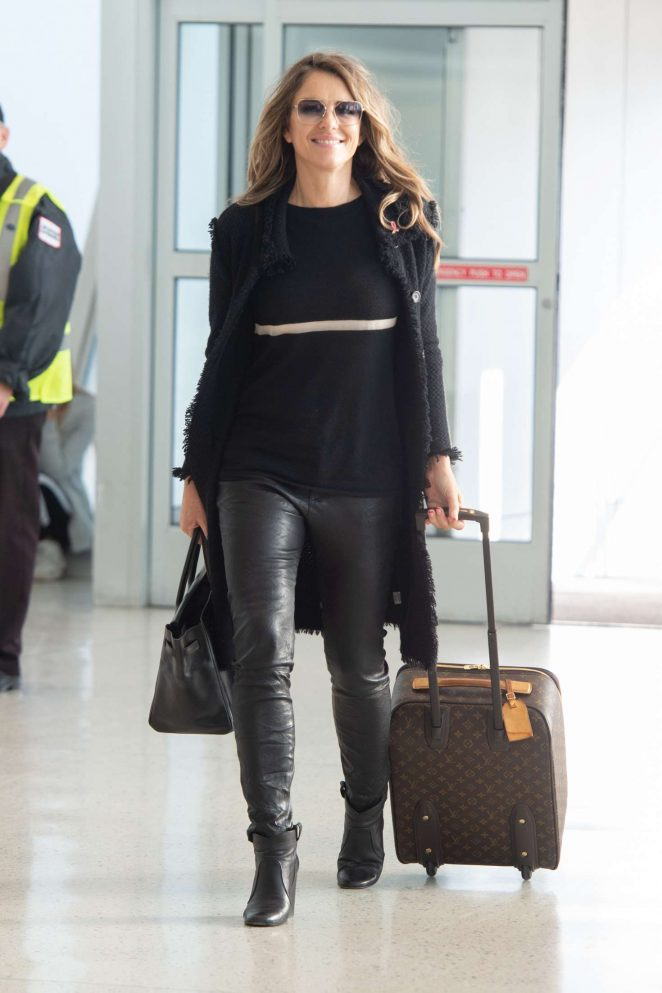 Elizabeth Hurley - Arrives at JFK Airport in NYC