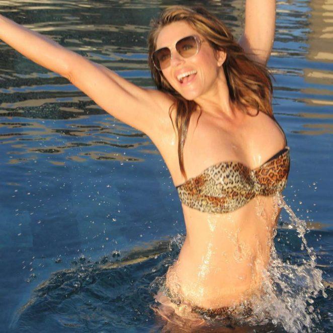 Elizabeth Hurley in Bikini - Instagram
