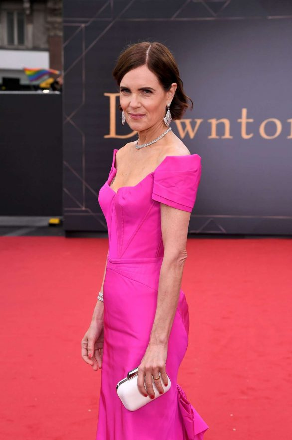 Elizabeth McGovern - 'Downton Abbey' Premiere in London