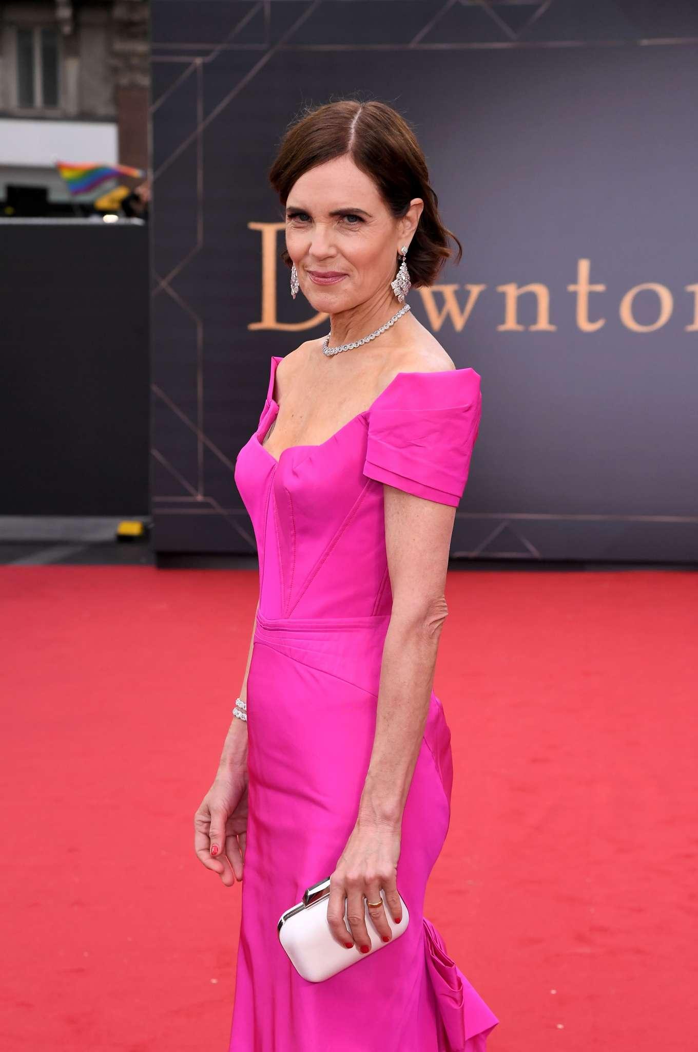 Elizabeth McGovern - 'Downton Abbey' Premiere in London