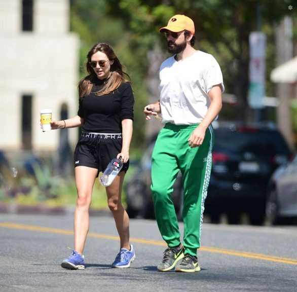 Elizabeth Olsen and Robbie Arnett - Head to their local gym in Studio City