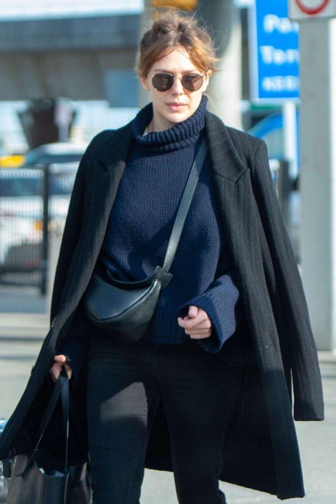 Elizabeth Olsen – Arrives at JFK Airport in NYC