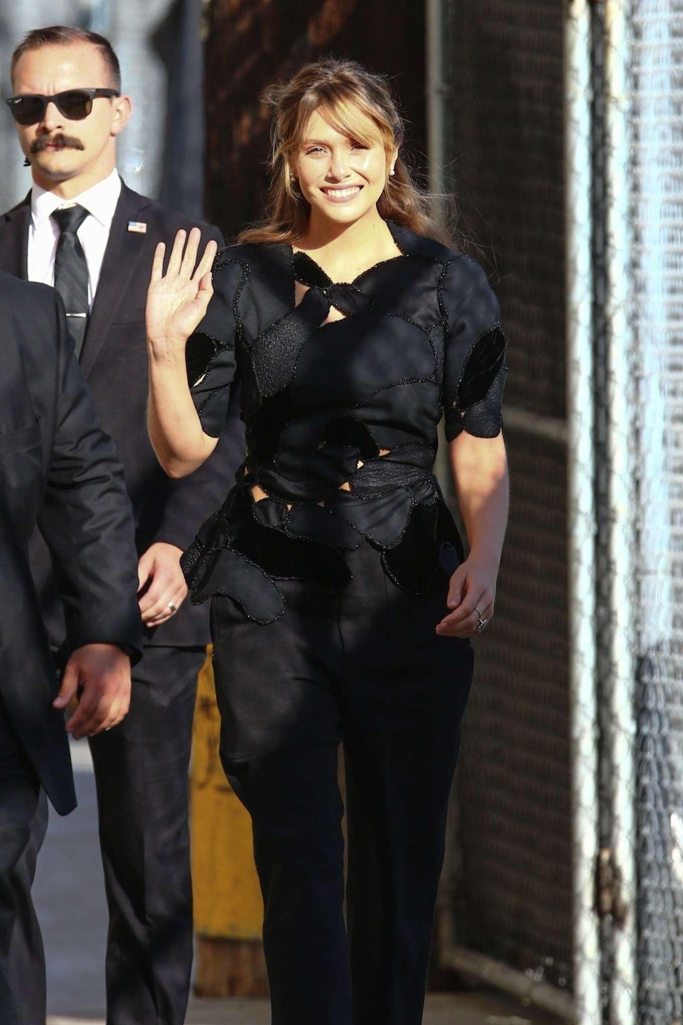 Elizabeth Olsen - Arrives at Jimmy Kimmel Live in Los Angeles