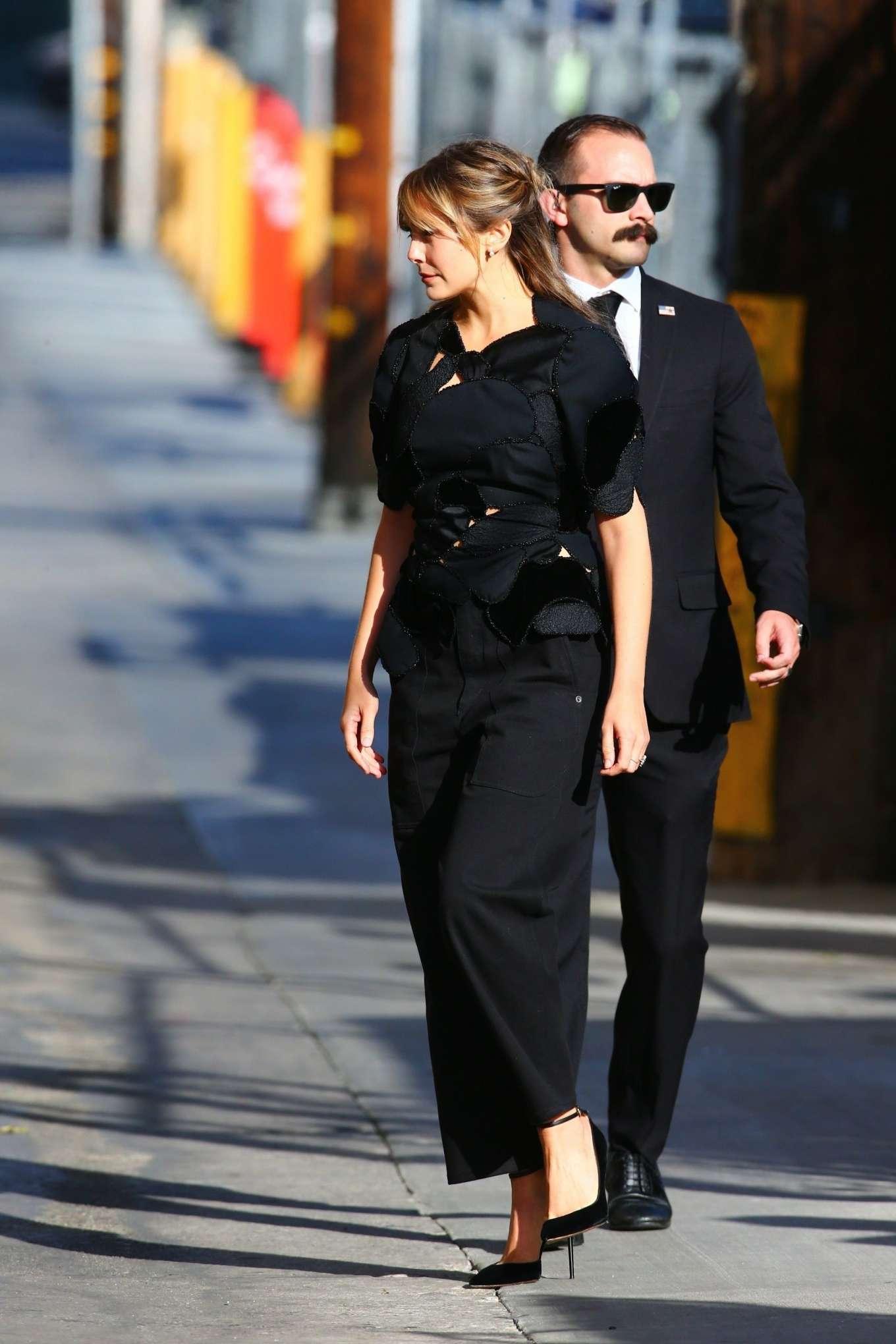 Elizabeth Olsen 2019 : Elizabeth Olsen – Arrives at Jimmy Kimmel Live-25