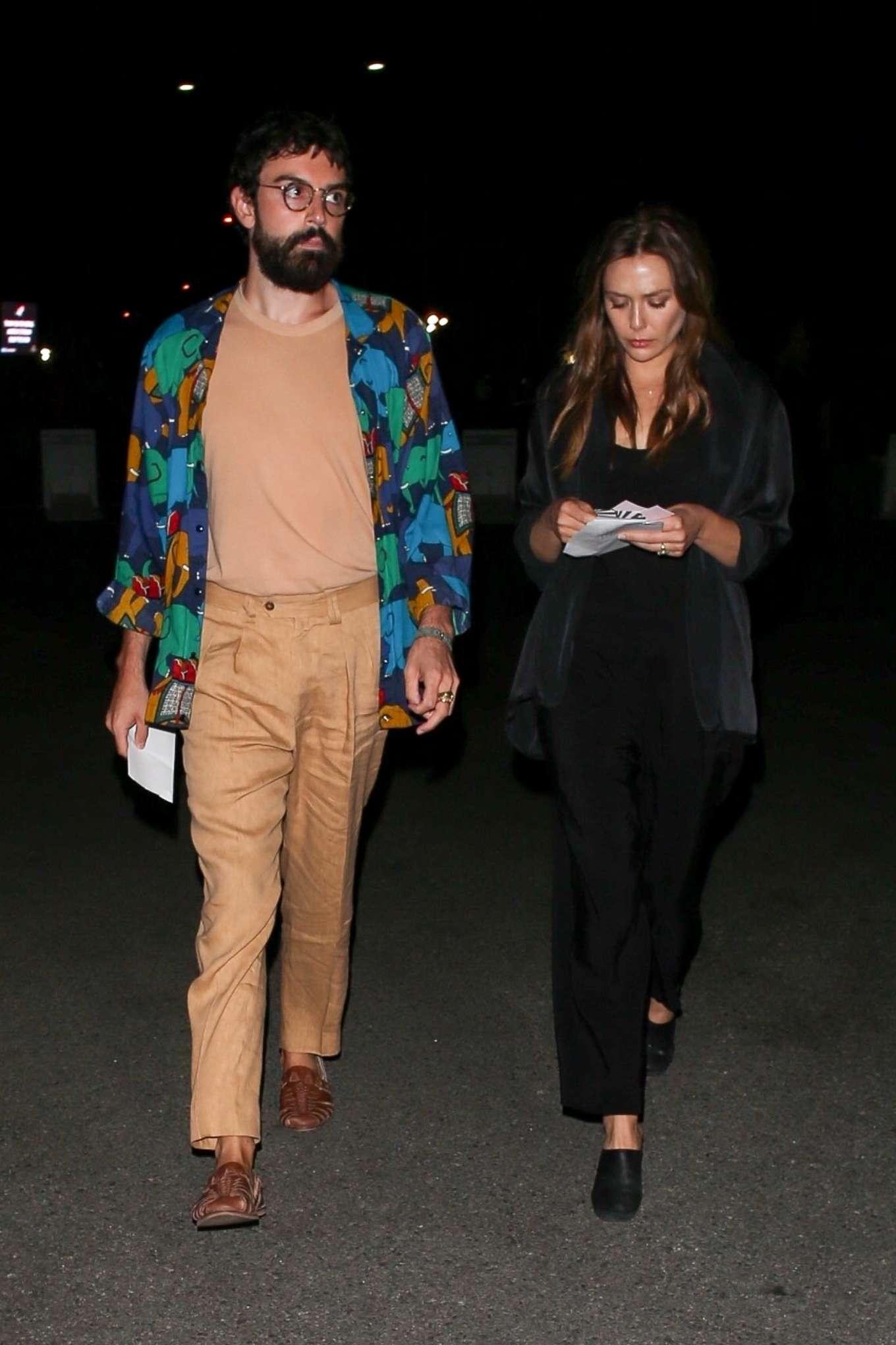 Elizabeth Olsen 2019 : Elizabeth Olsen – arriving at Rolling Stones Concert in Pasadena-04
