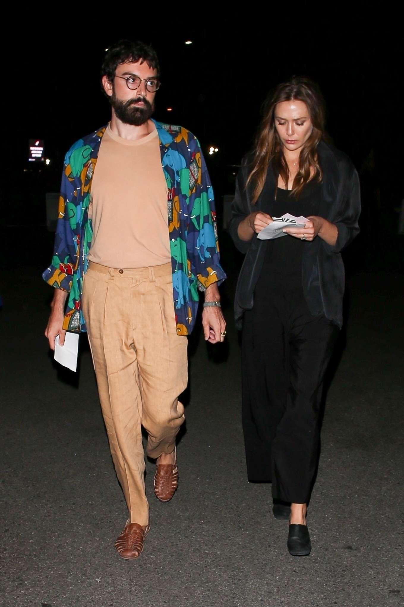 Elizabeth Olsen 2019 : Elizabeth Olsen – arriving at Rolling Stones Concert in Pasadena-08