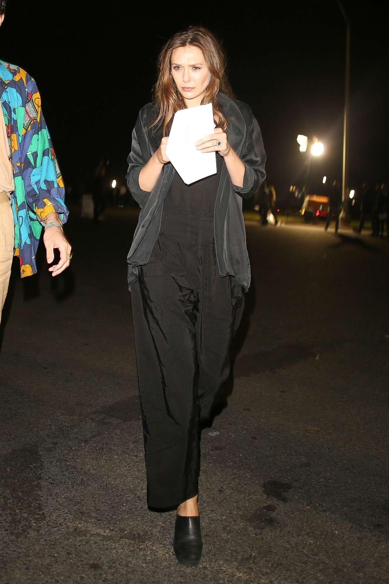 Elizabeth Olsen 2019 : Elizabeth Olsen – arriving at Rolling Stones Concert in Pasadena-12