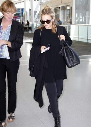 Elizabeth Olsen at Toronto Pearson International Airport