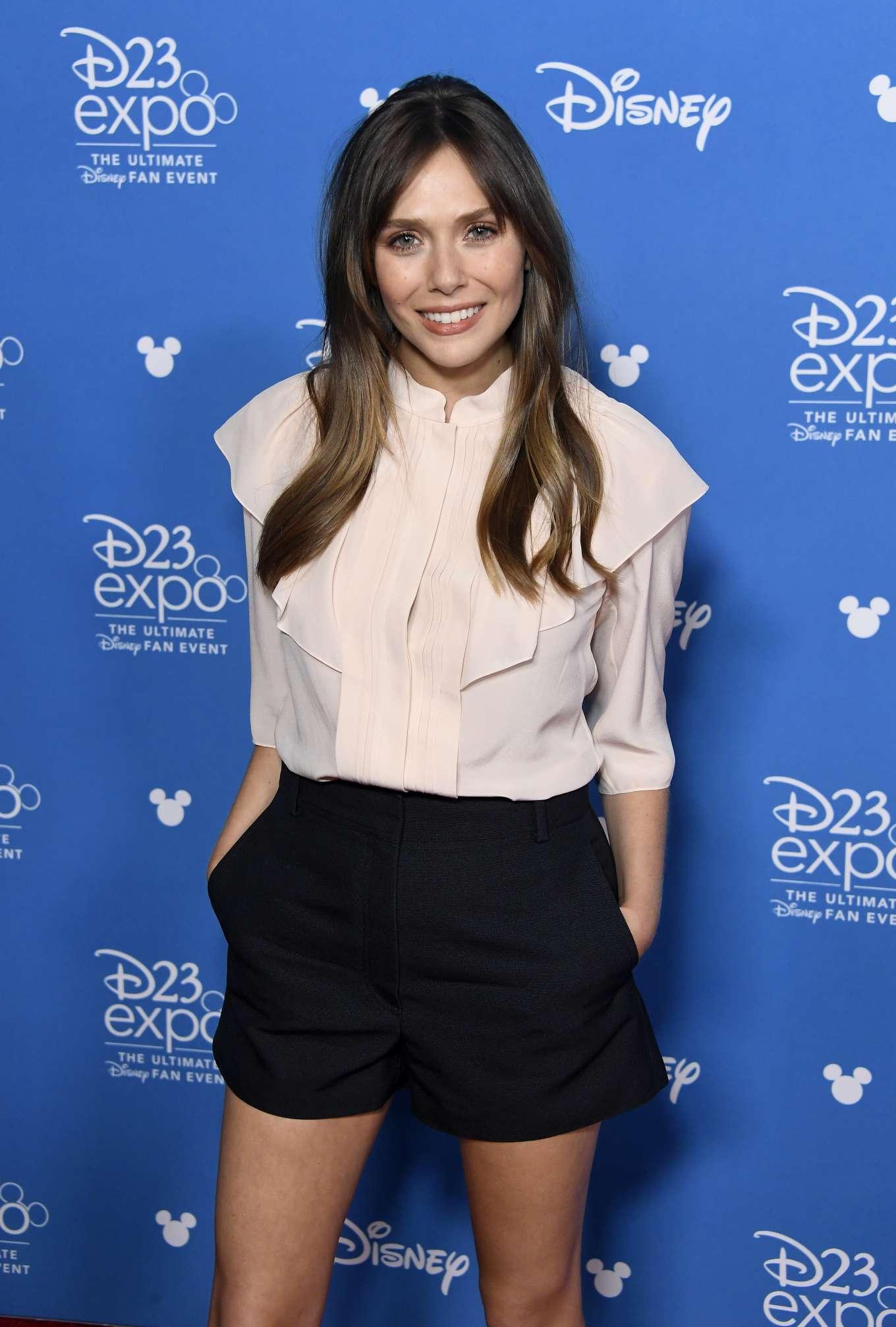 Elizabeth Olsen 2019 : Elizabeth Olsen – Attends D23 Disney event at Anaheim-06