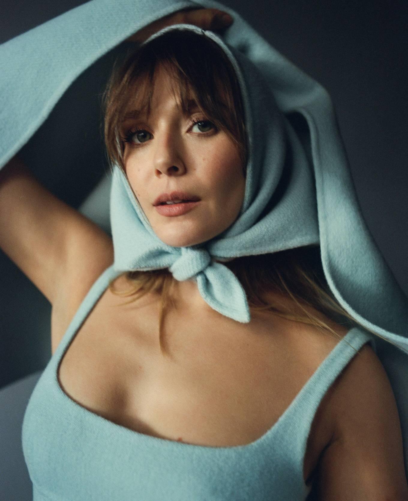 Elizabeth Olsen - Elle (January 2021)