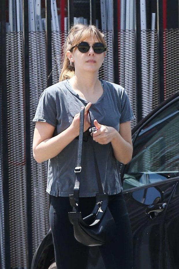 Elizabeth Olsen - Hits the gym in Los Angeles