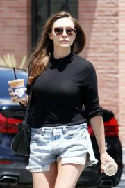 Elizabeth Olsen in Cut-offs - Leaving Alfred's Coffee in West Hollywood