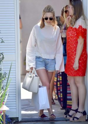 Elizabeth Olsen in Jeans Shorts -14