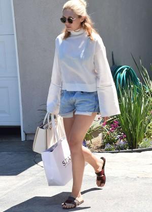 Elizabeth Olsen in Jeans Shorts -16