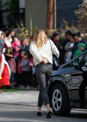 Elizabeth Olsen in Tight Jeans out in Los Angeles