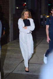 Elizabeth Olsen in White Suit - Out in NYC