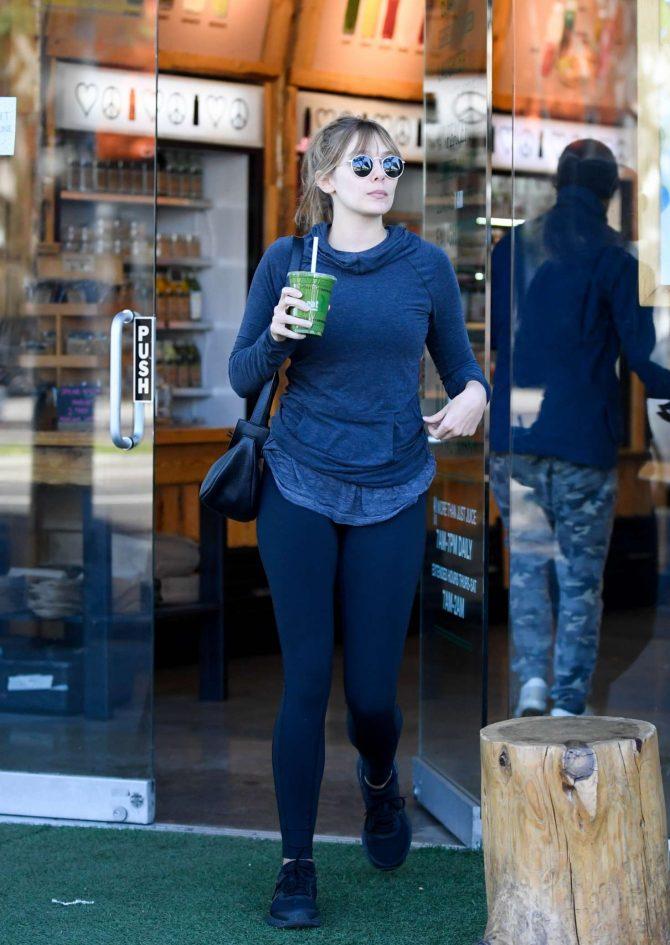 Elizabeth Olsen - Leaving a coffee bar in Los Angeles