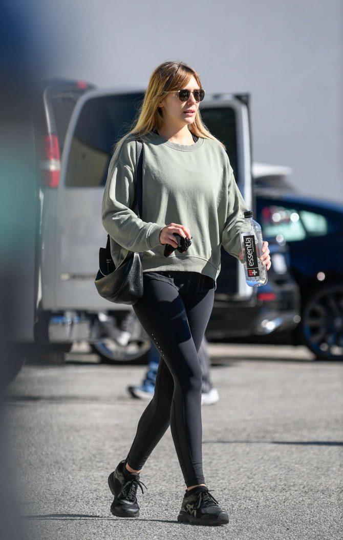 Elizabeth Olsen – Leaving a gym in Los Angeles