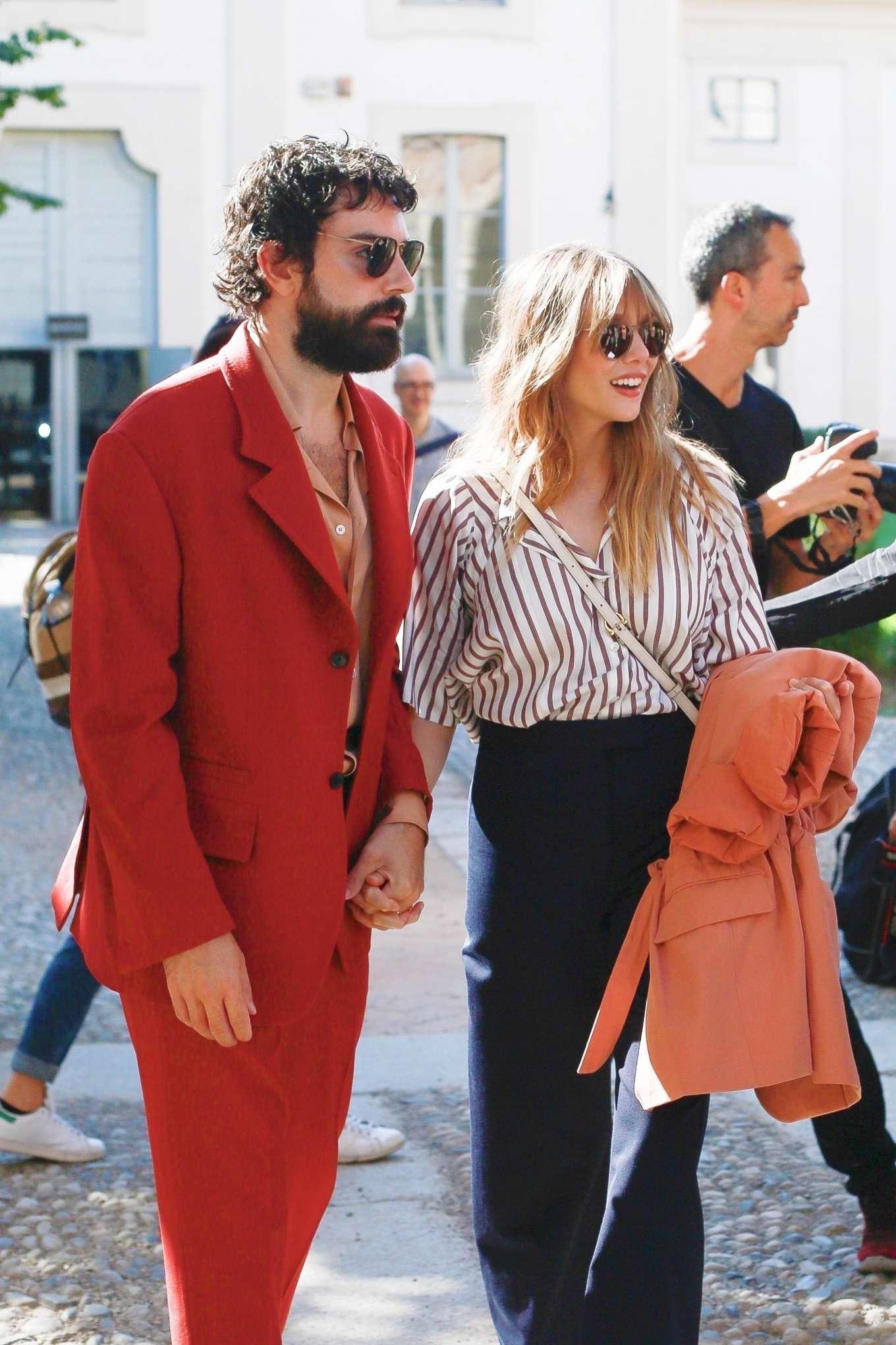 Elizabeth Olsen 2019 : Elizabeth Olsen – Leaving the Womenswear Show in Milan-06