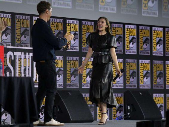 Elizabeth Olsen 2019 : Elizabeth Olsen – Marvel Panel at Comic Con San Diego 2019-02