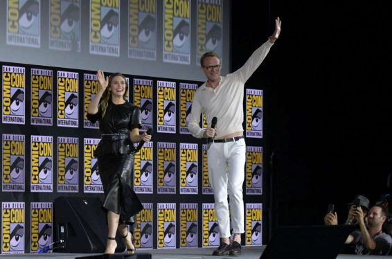 Elizabeth Olsen 2019 : Elizabeth Olsen – Marvel Panel at Comic Con San Diego 2019-05