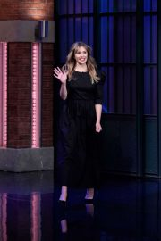 Elizabeth Olsen - On 'Late Night with Seth Meyers' in New York City