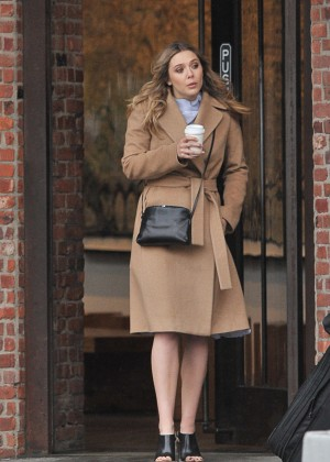 Elizabeth Olsen - Out and about in New York City