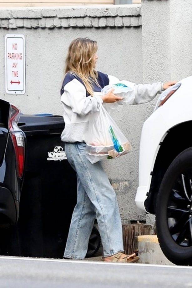 Elizabeth Olsen - Out for a dinner in Malibu