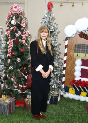 Elizabeth Olsen - St Jude Children's Research Hospital Holiday Celebration - Beverly Hills