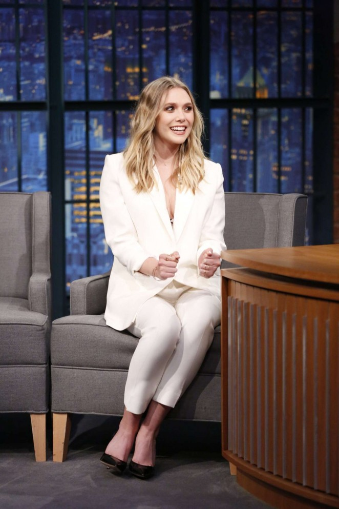 Elizabeth Olsen – Visits 'Late Night with Seth Meyers' in New York City