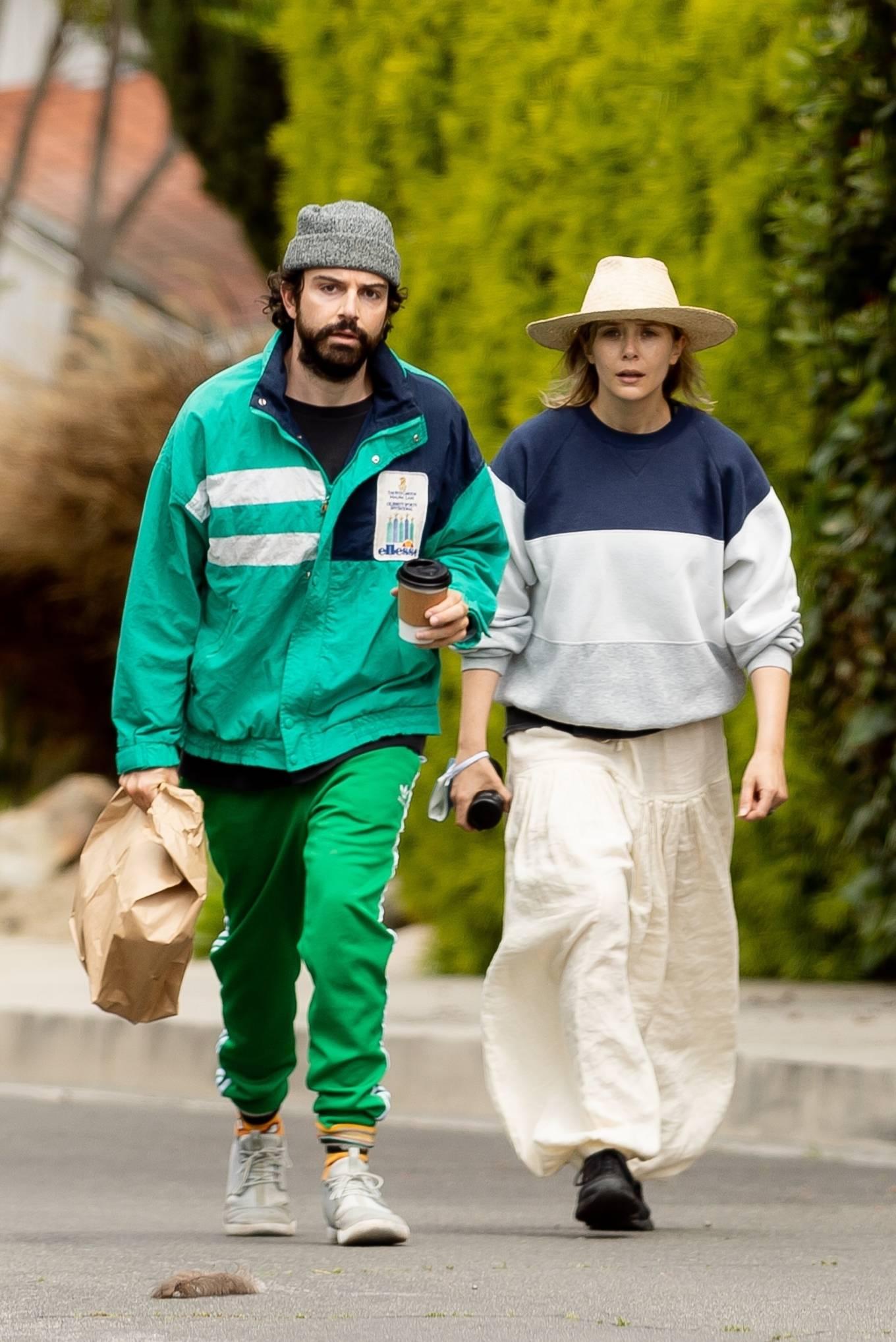 Elizabeth Olsen with Robbie Arnett - Out for a shopping