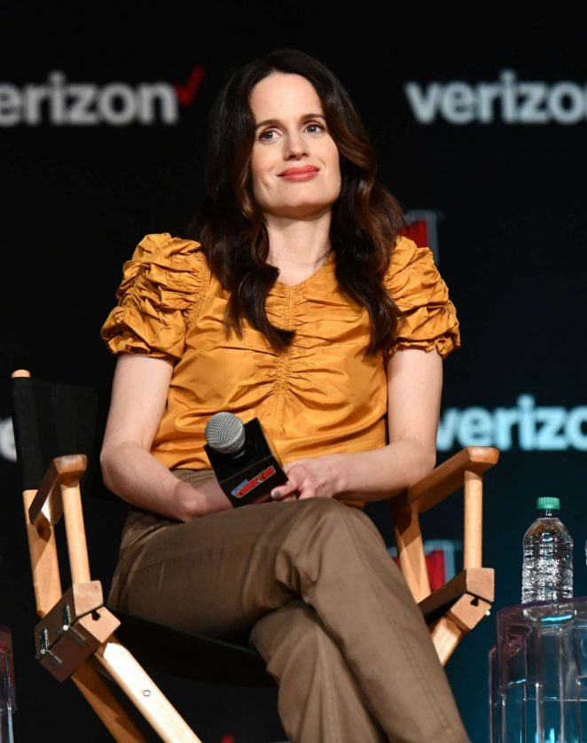 Elizabeth Reaser - Netflix & Chills Panel at 2018 New York Comic Con