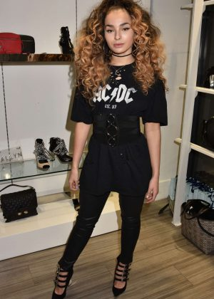 Ella Eyre - Allyn Launch in London