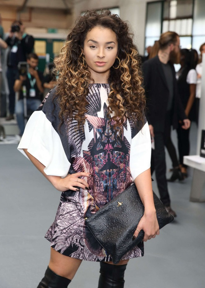 Ella Eyre - Jean-Pierre Braganza Fashion Show Spring 2015 in London