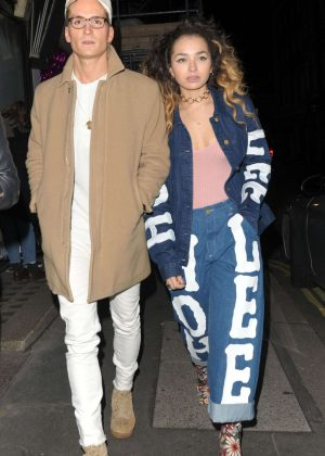 Ella Eyre - Leaving Maybelline - Bring on the Night party in London