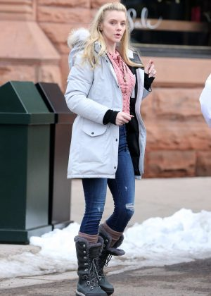 Elle Evans out in Aspen