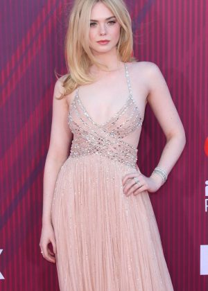 Elle Fanning - 2019 iHeartRadio Music Awards in Los Angeles