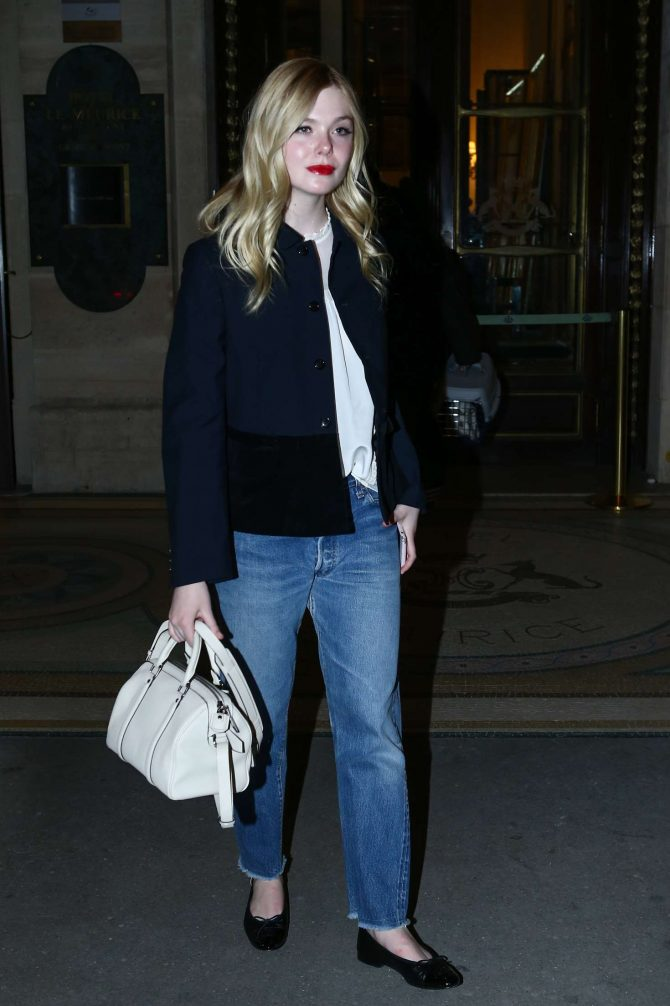 Elle Fanning – Arrives at Pink Mamma in Paris