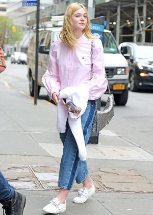 Elle Fanning heading to the studio in SoHo