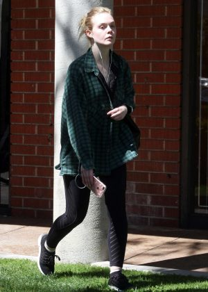 Elle Fanning - Hits the gym in LA