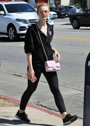 Elle Fanning - Hits the gym in Los Angeles